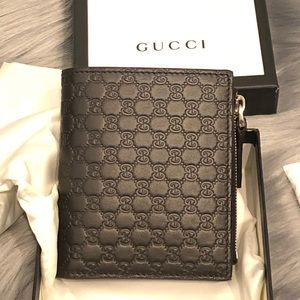 Gucci Microguccissima GG leather compact Wallet